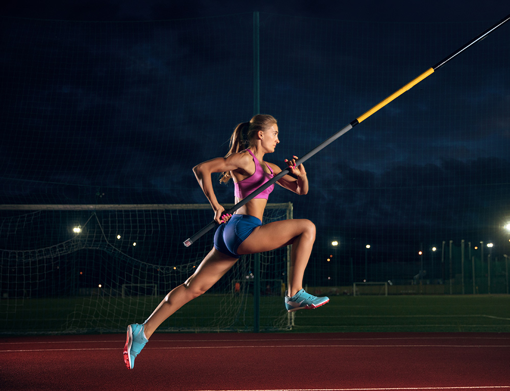 woman pole vaulter